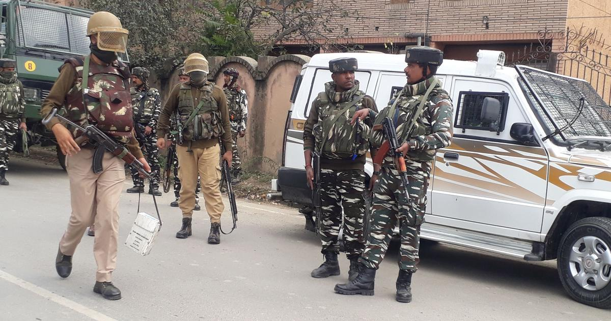 Jammu and Kashmir: 2 CRPF jawans, a policeman killed in gunfight with militants in Baramulla