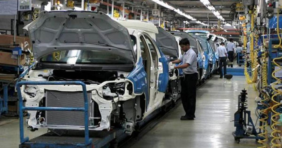 India's passenger vehicles' sales slumped by 31% in July