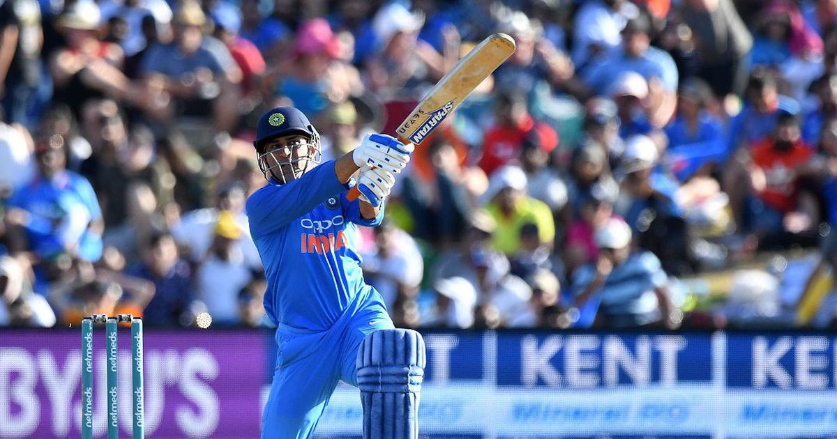 महेंद्र सिंह धोनी के अनुबंधित खिलाड़ियों की सूची से बाहर होने सहित आज के बड़े समाचार