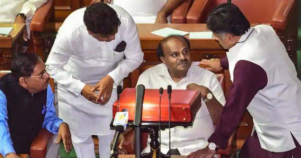 क्या कर्नाटक की एचडी कुमारस्वामी सरकार अपना एक साल पूरा कर पाएगी?