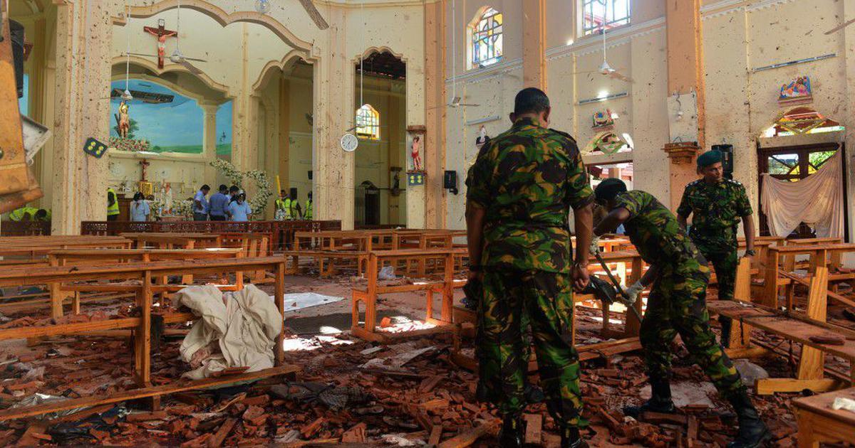 श्रीलंका में हुए बम धमाकों की जिम्मेदारी आतंकी संगठन आईएस ने ली