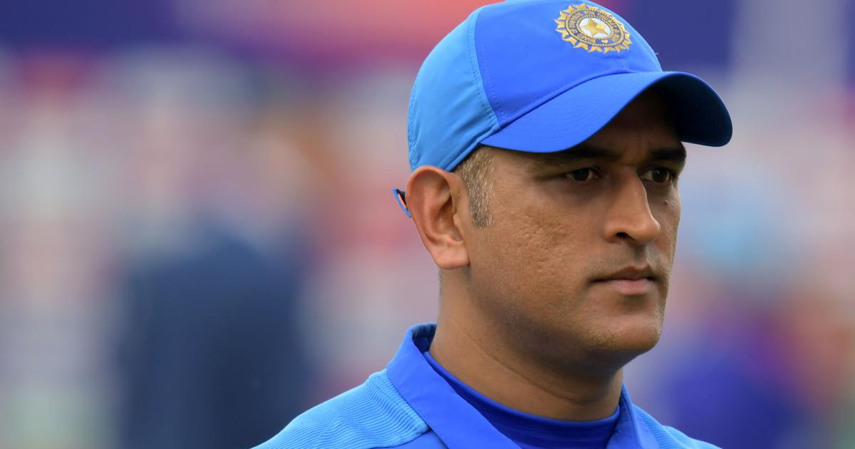 Debate: Should one good IPL season let Dhoni walk back into the India team for the T20 World Cup?
