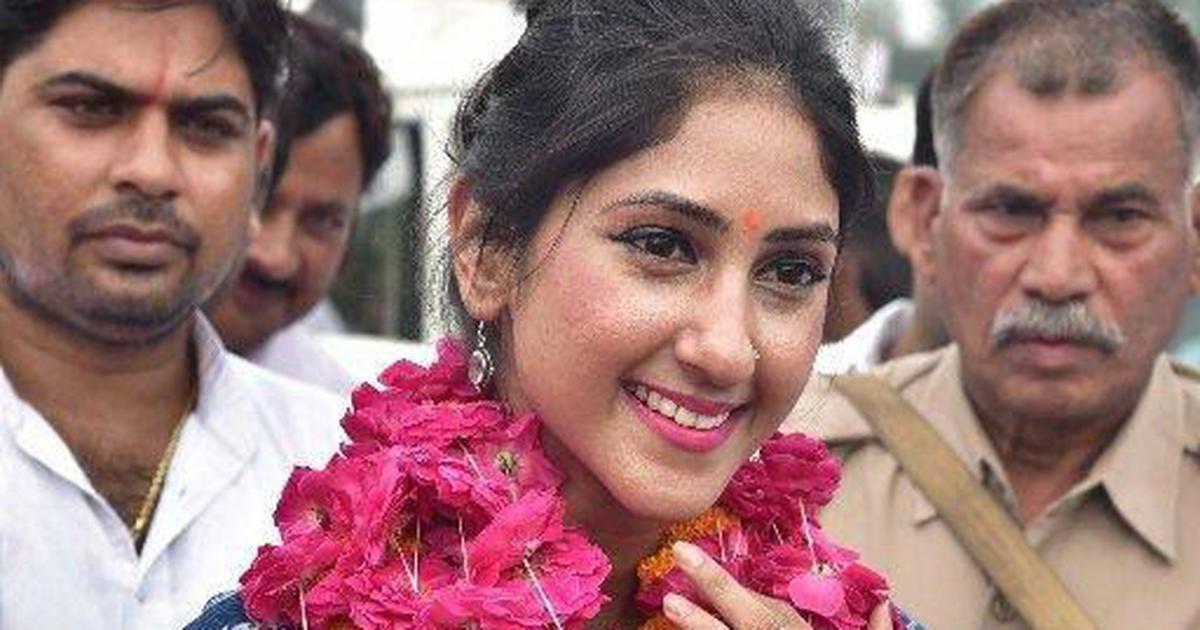 उत्तर प्रदेश : कांग्रेस ने अपनी विधायक अदिति सिंह को अयोग्य घोषित करने की याचिका दाखिल की