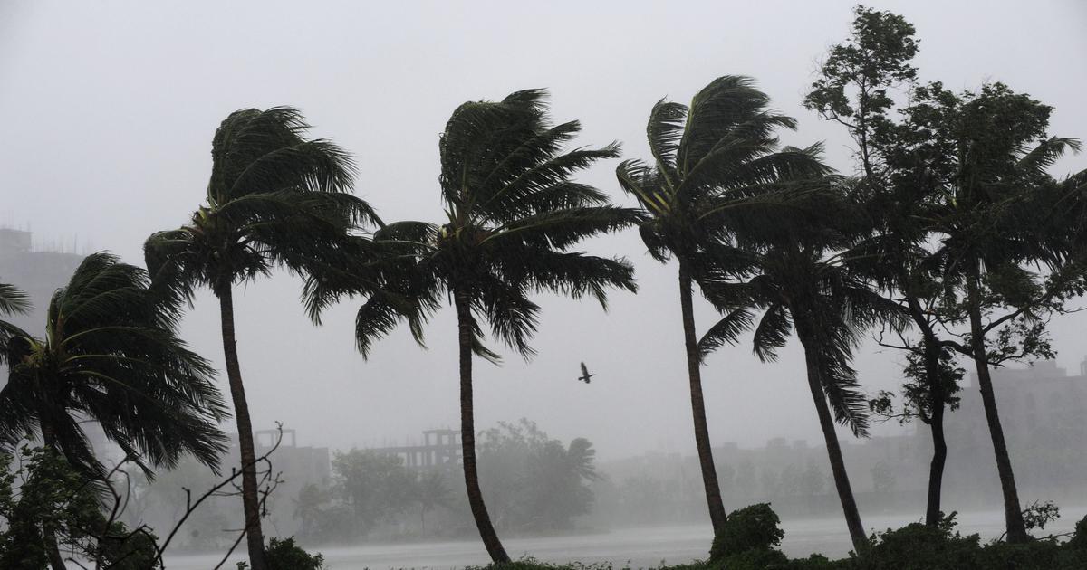उड़ीसा, आंध्रप्रदेश और पश्चिम बंगाल के तटीय इलाकों में तूफान की चेतावनी