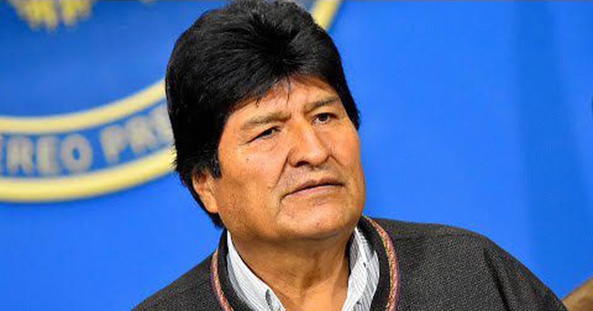 सेना के बढ़ते दबाव के बीच बोलीविया के राष्ट्रपति ने इस्तीफा दिया