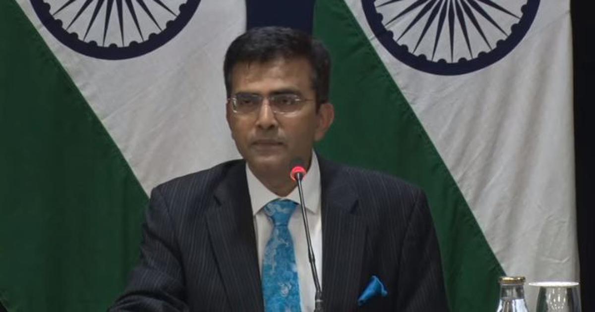 पाकिस्तान अनुरोध करे तो चीन में फंसे उसके नागरिकों को वहां से निकाल सकते हैं: विदेश मंत्रालय