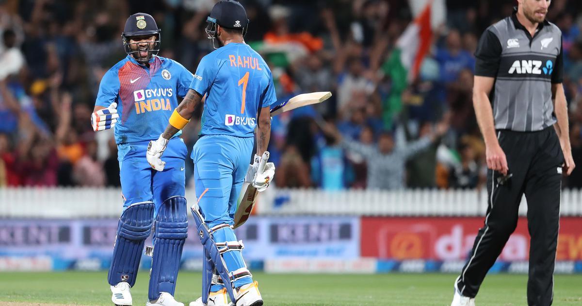 तीसरा टी20 : रोहित शर्मा ने सुपर ओवर में भारत को रोमांचक जीत दिलाई
