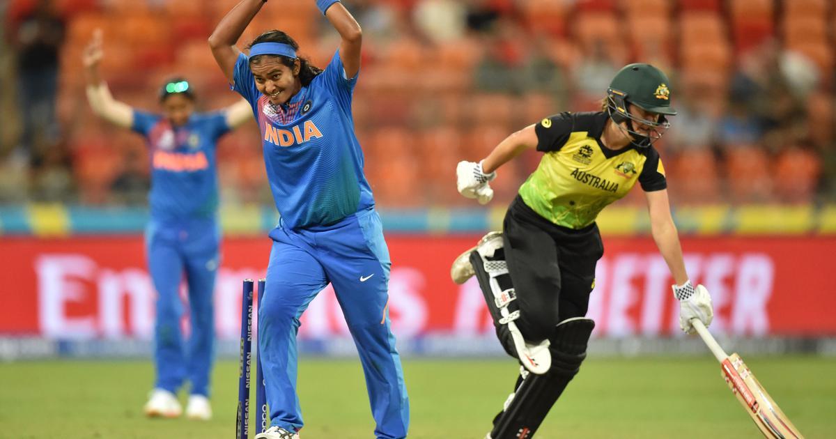 India's teen cricket sensation tops women's rankings