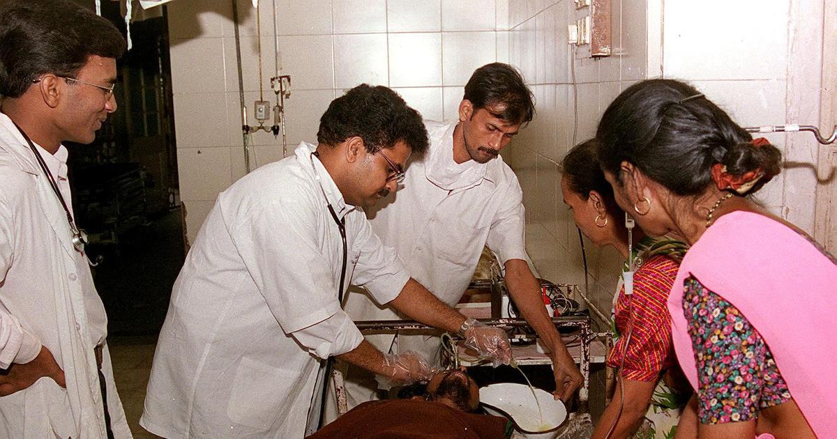 गांवों में सेवा देने पर मेडिकल सीटों में कोटे के महाराष्ट्र सरकार के फैसले सहित आज की सुर्खियां