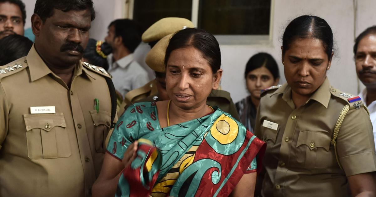 राजीव गांधी हत्याकांड में दोषी नलिनी श्रीहरन एक महीने की पैरोल पर जेल से बाहर आई
