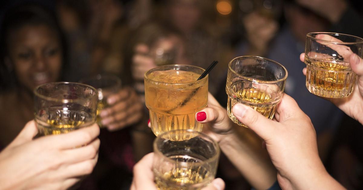 क्या ठंड से बचने के लिए शराब का सहारा लेना अक्लमंदी का काम है?