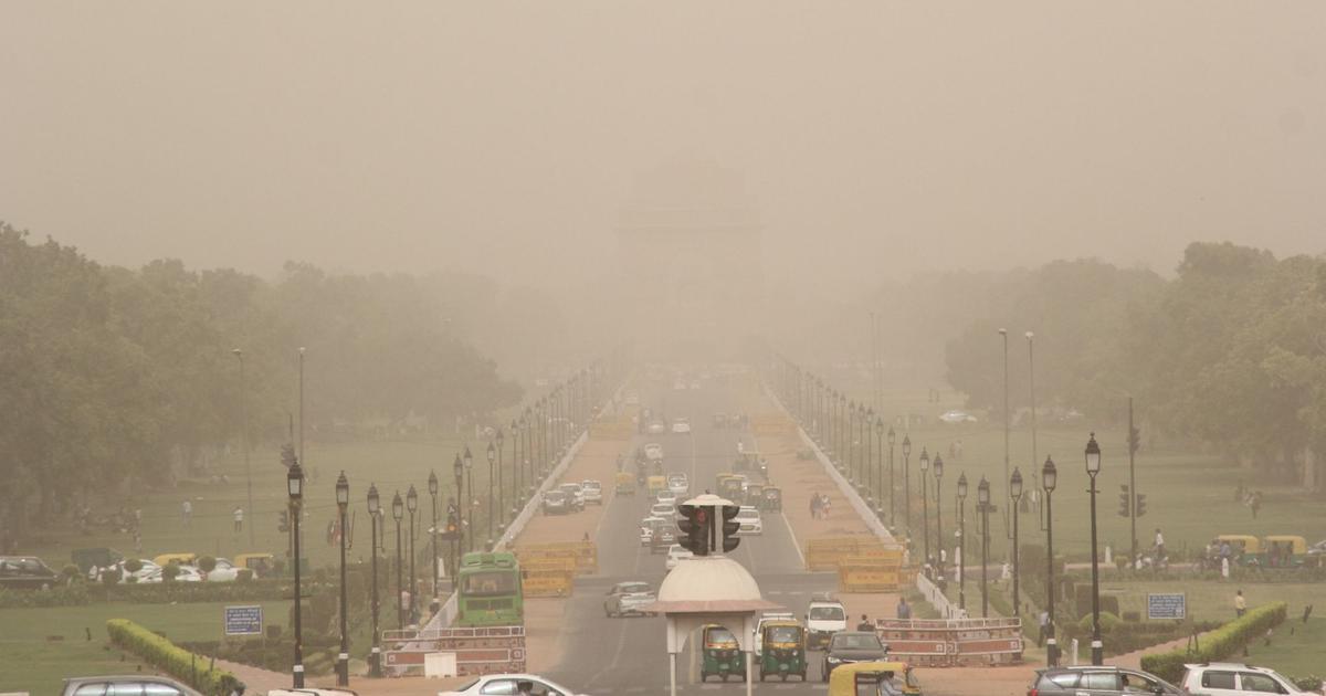 Delhi's air quality level remains 'severe' despite improvement