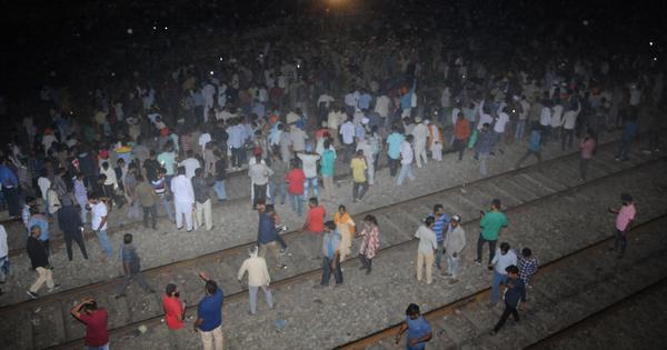 ट्रेन की चपेट में आने से बीते तीन साल में 50 हजार लोग मारे गए : रिपोर्ट