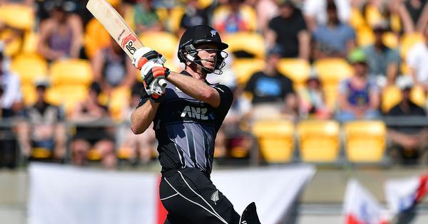 ऑकलैंड टी20 : न्यूजीलैंड ने टॉस जीतकर पहले बल्लेबाजी का फैसला किया