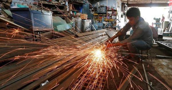औद्योगिक उत्पादन में बीते आठ सालों की सबसे बड़ी गिरावट