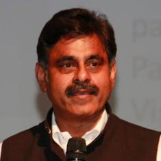तेलंगाना : चुनाव से पहले टीआरएस को झटका, सांसद विश्वेश्वर रेड्डी ने पार्टी से इस्तीफा दिया