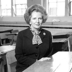 ब्रिटेन की 'लौह महिला' मार्गरेट थैचर के इस्तीफे सहित 28 नवम्बर के नाम और क्या दर्ज है?