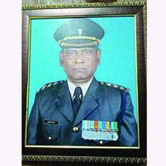 भारतीय सेना में 30 साल सेवा देने वाले मोहम्मद सनाउल्लाह को 'विदेशी' घोषित किया गया
