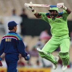 क्रिकेट विश्व कप में भारत-पाकिस्तान के बीच हुए मुकाबलों की ये झलकियां इतनी यादगार क्यों हैं?