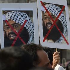 पाकिस्तान ने मसूद अजहर के भाई और बेटे सहित 44 संदिग्धों को हिरासत में लिया