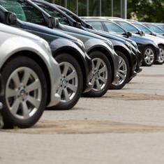 नए साल से कारों की कीमतों में बढ़ोतरी सहित ऑटोमोबाइल से जुड़ी सप्ताह की तीन बड़ी ख़बरें